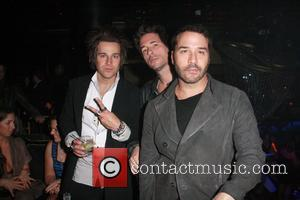 Ryan Cabrera, Jeremy Piven and Bellagio Hotel