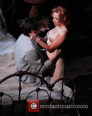 Scarlett Johansson, Cat On A Hot Tin Roof