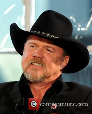 Trace Adkins Faces Down U.s. Storm