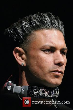 Pauly D Proves There's Life Away From Jersey Shore