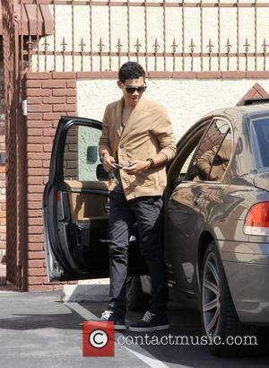 Roshon Fegan Arriving at a dance studio to rehearse for Dancing With the Stars Los Angeles, California - 05.04.12