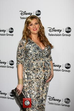 Sara Rue In No Rush To Lose Baby Weight