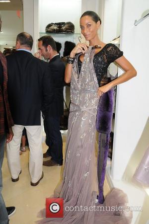 Nicole Murphy Fashion's Night Out - Dennis Basso New York City, USA - 06.09.12