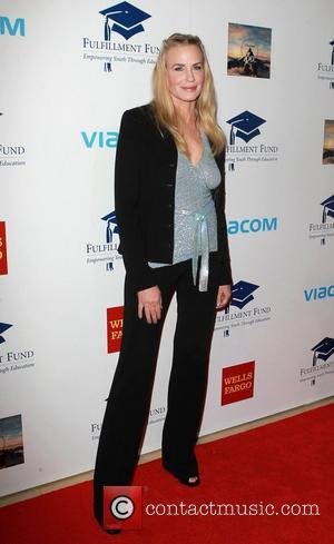 Daryl Hannah Arrested For Protesting Oil Pipeline