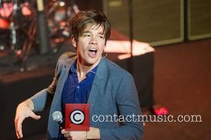 Grammy 2013 Winners Predictions: Frank Ocean And The Black Keys Set To Ruin Fun?
