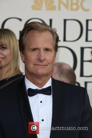 Jeff Daniels and Beverly Hilton Hotel