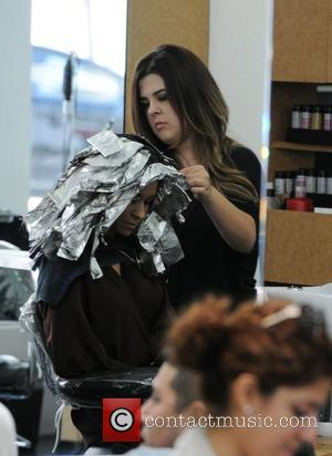 Lacey Chabert gets her hair colored at Gavert Atelier salon in  Beverly Hills, California - 28.06.12