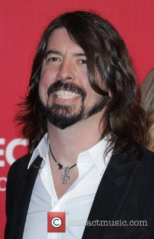 Dave Grohl Lectures Grammy Crowd About Music From The Heart