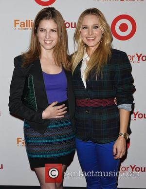 Kristen Bell and Anna Kendrick