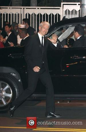 Anderson Cooper Sorry For Mocking Polish Holiday?