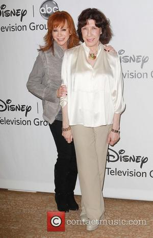 Reba McEntire and Lily Tomlin