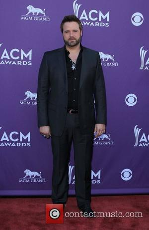 Randy Houser Resuming Tour After Illness