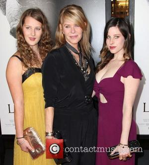 Destry Allyn Spielberg, Kate Capshaw, Sasha Spielberg and Grauman's Chinese Theatre