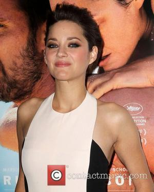 Marion Cotillard  AFI Fest - 'Rust and Bone' - Gala Premiere at the Grauman's Chinese Theatre - Arrivals...