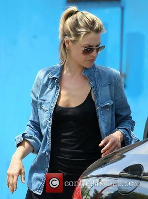 Ali Larter takes her car to the car wash Los Angeles, California - 04.05.12
