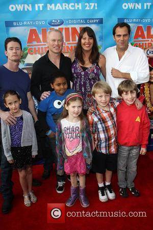 Neal McDonough, Ruve McDonough, Andy Buckley and their Kids The Twentieth Century Fox Home Entertainment's Alvin And The Chipmunks: Chipwrecked...