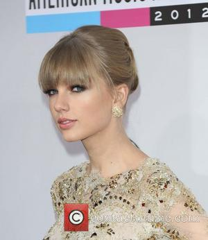 Taylor Swift  The 40th Anniversary American Music Awards 2012, held at Nokia Theatre L.A. Live - Arrivals Los Angeles...