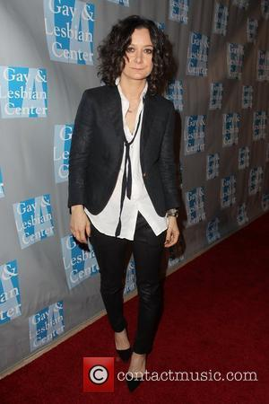 Sara Gilbert The L.A. Gay & Lesbian Center's 'An Evening With Women' at The Beverly Hilton Hotel - Arrivals Los...