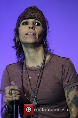 Linda Perry The L.A. Gay & Lesbian Center's 'An Evening With Women' at The Beverly Hilton Hotel - Show...