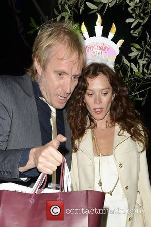 Anna Friel celebrates her birthday at The Ivy with Rhys Ifans. They then headed to Groucho club and didn't leave...