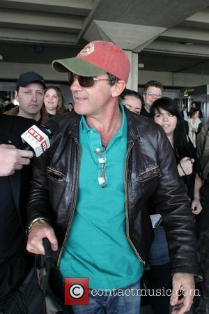 Antonio Banderas' Wallet Stolen In Hungary