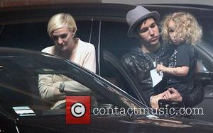 Ashlee Simpson, Fall Out Boy, Jessica Simpson and Pete Wentz