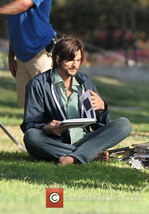 Life In The Old 'Jobs' Yet: Ashton Kutcher's Biopic Gets Nationwide Release