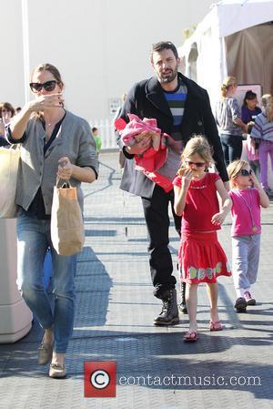 Ben Affleck, Jennifer Garner, Violet Affleck and Seraphina Affleck
