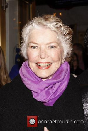 Burstyn To Play Weaver's Mum In Tv Mini-series
