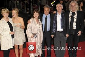 Maggie Smith, Billy Connolly, Dustin Hoffman, Pauline Collins, Sheridan Smith