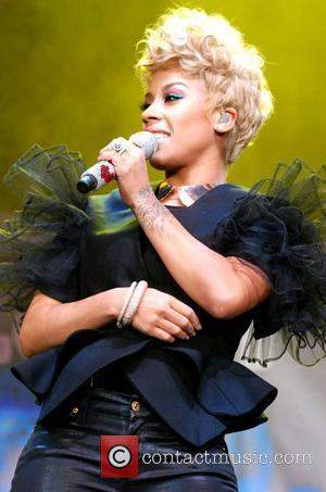 Keyshia Cole Lashes Out At Beyonce Over Bow Down Lyrics