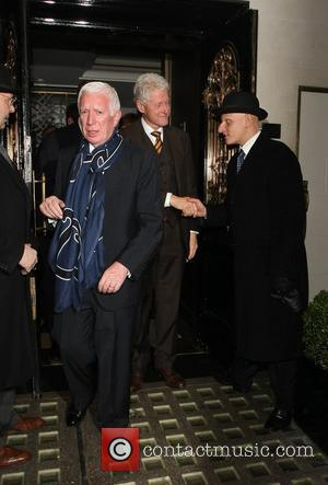 Bill Clinton leaves Scott's restaurant after having dinner with Kevin Spacey London, England - 15.11.12