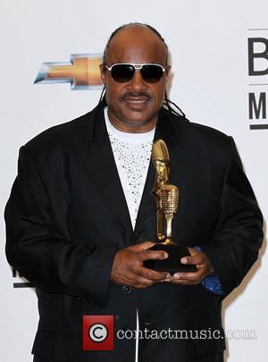 Stevie Wonder Pushing For Gun Control After Cinema Massacre