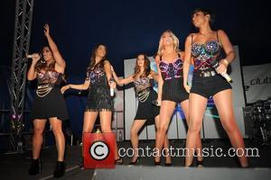 Vanessa White, Frankie Sandford, Mollie King, Rochelle Wiseman, The Saturdays and Una Healy
