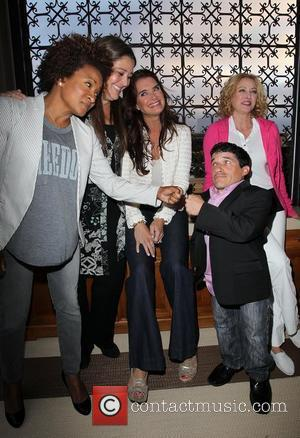 Wanda Sykes, Brooke Shields, Camryn Manheim, Mark Povinelli and Virginia Madsen