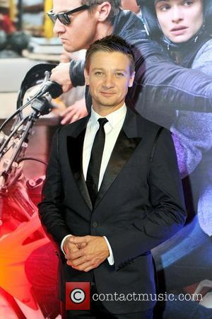 Did Jeremy Renner Just Call The Kardashians 'Stupid'?