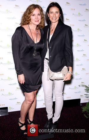 Elizabeth Perkins and Mimi Rodgers