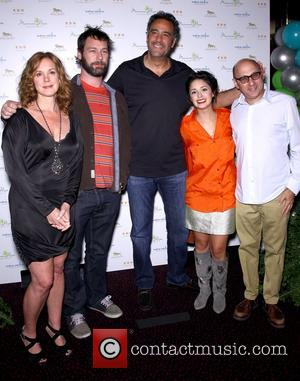 Elizabeth Perkins, Jon Dore, Brad Garrett, Stephanie Hunt and Willie Garson