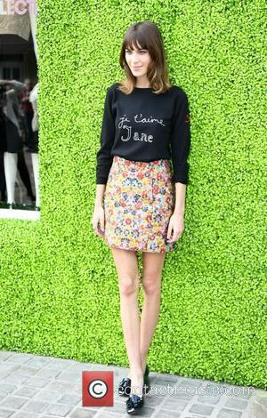 Alexa Chung Twitter Photo Sparks Anorexia Accusations