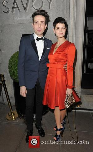 Pictures: British Fashion Awards, Cara Delevingne Stuns, Alexa Chung Smokes