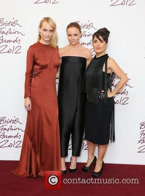 Amber Valletta, Stella Mccartney and Salma Hayek