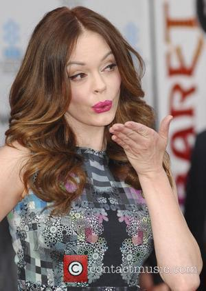 Rose Mcgowan and Grauman's Chinese Theatre