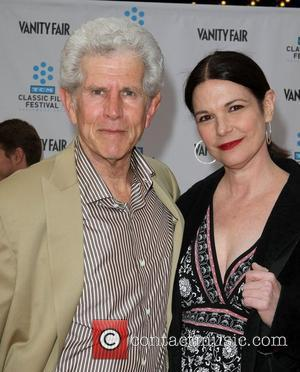 Tony Roberts at the TCM Classic Film Festival opening night premiere of the 40th anniversary restoration of 'Cabaret' at Grauman's...