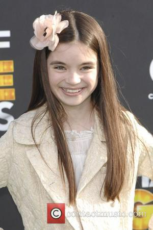 Landry Bender  The 2012 Cartoon Network Hall of Game Awards - Arrivals Los Angeles, California - 18.02.12