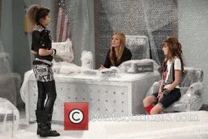 Bella Thorne, Cat Deeley and Zendaya Coleman