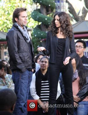 Billy Burke talks to Terri Seymour during an appearance on entertainment news show 'Extra'  Featuring: Billy Burke,Terri Seymour When:...