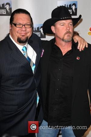 Trace Adkins and Penn Jillette