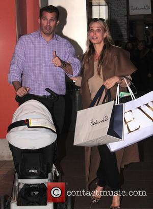 Molly Sims Donating Son's Baby Clothes To Charity