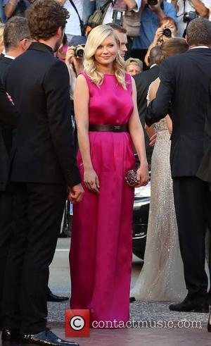 Kirsten Dunst Hosts Bachelorette Party For Best Friend