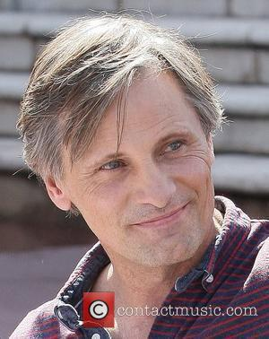 Viggo Mortensen Stopped By Airport Security Over Soccer Excitement